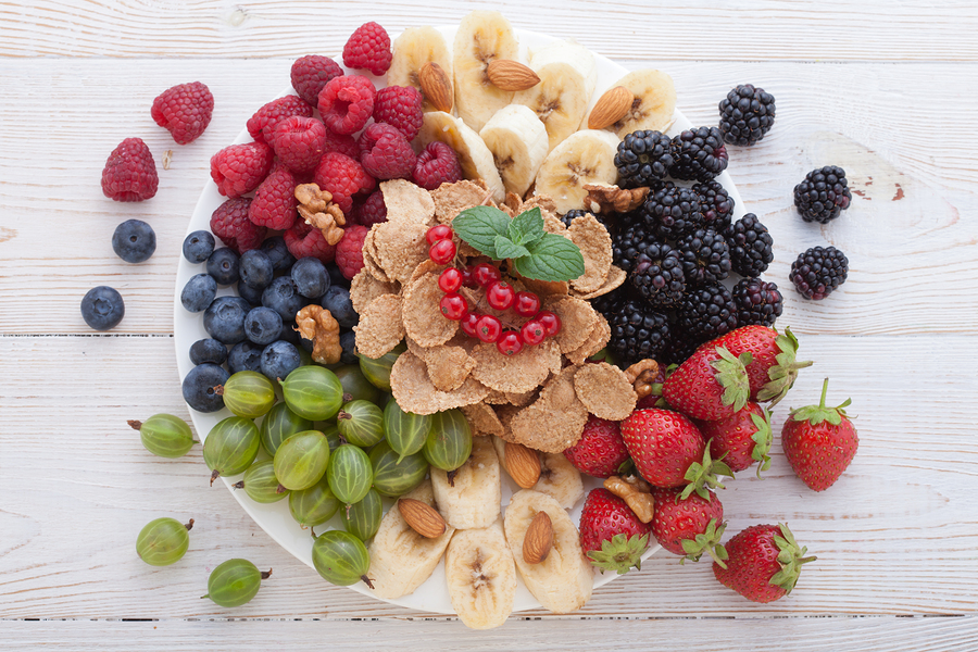 Different varieties of berries